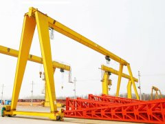 What factors will cause the mobile gantry crane to