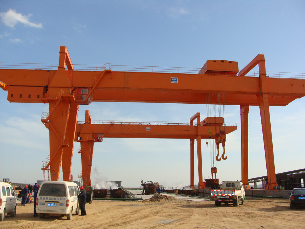 <b>Double Beam Gantry Crane</b>